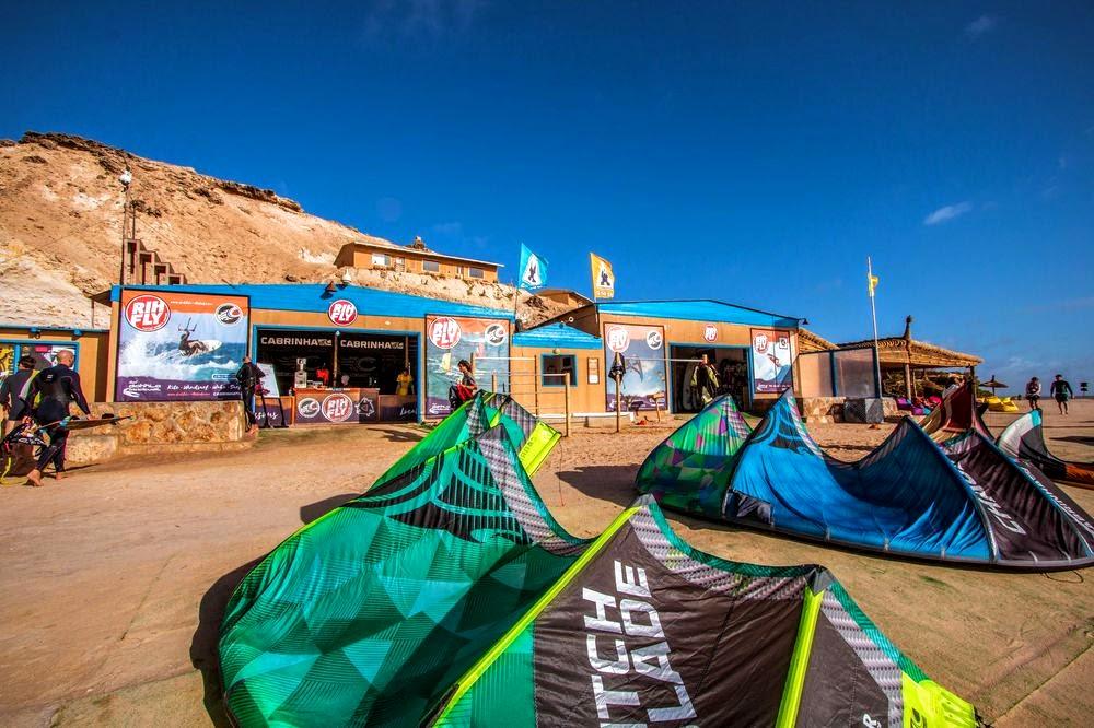 s jours windsurf kitesurf dakhla attitude maroc ultramarina. Black Bedroom Furniture Sets. Home Design Ideas